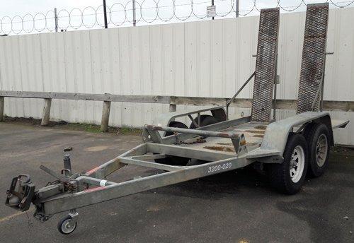 plant trailer hire